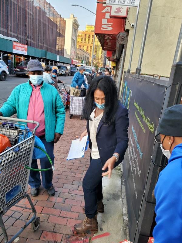 Nancy_Martinez_Food_donations_community_giveaway